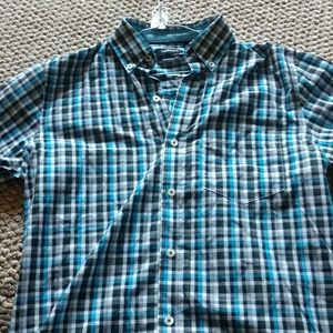 Men's small short sleeve dress shirt